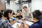 Giáo dục khai phóng có những hình thức tuyển dụng đặc biệt