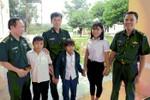 """Đại úy Biên phòng """"nâng bước các em tới trường"""" ở vùng đồng bào Tây Nguyên"""