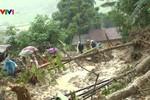 Bộ trưởng Bộ Giáo dục gửi điện khẩn khắc phục mưa lũ trong kỳ thi quốc gia
