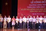 Hiệu trưởng Trường Đại học Hoa Sen nhận giải thưởng Toán học