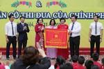 Trường Tiểu học Lê Qúy Đôn đón nhận Cờ thi đua của Chính phủ