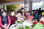 Học sinh trường Marie Curie rộn ràng trong lễ hội Bánh chưng