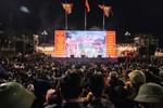 Hàng vạn du khách đổ xô về xem hát quan họ trong ngày hội Lim