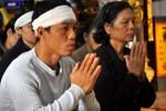 Đưa di ảnh chị Huyền, nạn nhân của TMV Cát Tường về chùa Kim Liên