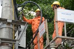 EVNNPC tăng cường đảm bảo cung ứng điện an toàn, ổn định cho khách hàng