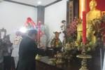 Lãnh đạo TP.HCM dâng hương, kính viếng Chủ tịch Hồ Chí Minh