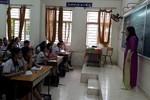 Trường trung học Nguyễn Hữu Cảnh vẫn tổ chức ôn tập hè cho lớp 10