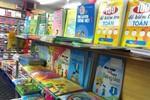 Giáo viên tiểu học không được ép học sinh mua sách tham khảo