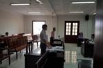 Cựu giáo viên kiện Hiệu trưởng Trường Lê Hồng Phong ra tòa dân sự