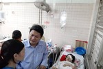 Vụ sập giàn giáo làm 3 học sinh bị thương nặng, Hiệu trưởng lên tiếng xin lỗi