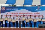 Hơn 800 học sinh Sài Gòn thi giải Toán nhanh trên máy tính cầm tay