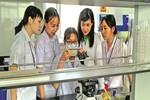 Nữ Tiến sĩ từ bỏ mức lương hàng trăm triệu đồng, về nước giảng dạy