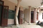 Hà Tĩnh: 'Xe điên' đâm sập cổng, lao vào trụ sở UBND thị trấn