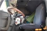 Phát hiện xác tài xế xe tải chết trong cabin với nhiều vết đâm chém