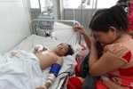 Nghịch đầu đạn, bé trai 13 tuổi bị đứt lìa bàn tay