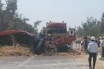 Quảng Bình: Xe tải đối đầu xe benz, 2 người chết và bị thương nặng
