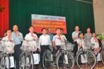 Tập đoàn TH trao 100 xe đạp cho học sinh nghèo vượt khó Nghệ An