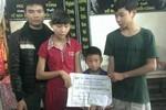 3 chị em trong 10 tháng mất cả cha lẫn mẹ được giúp đỡ 9 triệu đồng