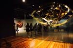 """Khách háo hức xếp hàng tại Trung tâm nghệ thuật """"hot nhất Vịnh Bắc Bộ"""""""