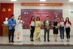 """TOP 45 Hoa khôi sinh viên giao lưu với tác giả """"Chuyện nhà Dr Thanh"""""""