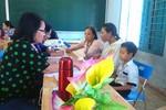 Tổ chức Cầu Vồng Châu Á khảo sát tình hình trẻ khuyết tật hòa nhập