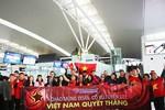 Những du khách đầu tiên đi cổ vũ U23 Việt Nam trên hành trình của Vietravel