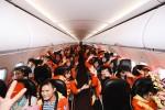 Được tặng vé máy bay, nữ công nhân nghèo lần đầu về quê chồng ăn Tết