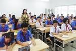 Ai đang gây áp lực lên giáo viên?