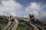 Giải mã lý do du khách Hàn Quốc đổ xô tới Bà Nà thử đường xe trượt ống