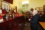 Tổng Bí thư, Chủ tịch nước thắp hương tưởng niệm các đồng chí nguyên Tổng Bí thư
