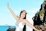 Nữ sinh Phú Yên lướt ngón tay xinh trên những phím đàn