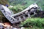 Sập cầu ở Lai Châu vì ô tô chở quá tải trọng cho phép