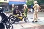 Clip: Vi phạm luật giao thông còn lăng mạ, chửi bới, dọa giết CSGT