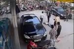 Video: Công an cần vào cuộc điều tra vụ đánh người dã man trên phố
