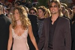 Thời trang đẹp nhất trên thảm đỏ Emmy: 10 năm nhìn lại một lần