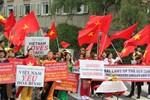 Kiều bào tại Đức xuống đường phản đối Trung Quốc xâm phạm Biển Đông