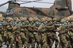 Đảng cầm quyền ở Nhật chính thức đề xuất xây dựng quân đội chính quy?