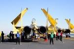 """Trung Quốc đã sản xuất hàng loạt máy bay J-15 """"Phi Sa"""" cho hải quân?"""