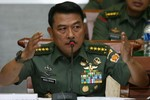 Indonesia tăng cường triển khai quân sự ở Biển Đông đối phó bất trắc