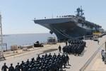Nhật Bản mua tàu đổ bộ để thực hiện giấc mơ tàu sân bay
