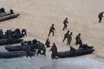 Nhật Bản muốn tăng cường giám sát đảo nhỏ, xây cơ chế liên lạc với TQ
