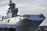 """""""Tàu Mistral đã không cần thiết, nhiệm vụ hải quân trở về thời Liên Xô"""""""