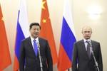 Mỹ để Nga rơi vào vòng tay của Trung Quốc là ...kém thông minh
