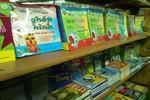 Cấm giáo viên 'tiếp thị' sách tham khảo