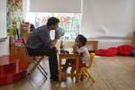 Sự liên quan giữa não bộ và ngôn ngữ của trẻ