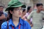 Rạng ngời sinh viên tình nguyện mùa thi