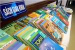 Xem xét chọn 4 bộ sách để hoàn thiện thành sách giáo khoa mới