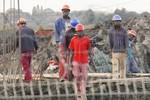 Chủ thầu xây dựng Trung Quốc thoải mái ngược đãi công nhân