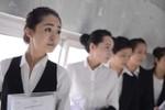 700 mỹ nữ thi tuyển tiếp viên hàng không