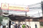 Hà Nội: Cháy quán bia hơi, thiêu rụi 1 xế hộp cùng 5 Vespa cổ